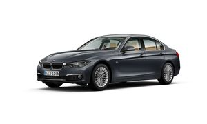 BMW 320i Sedan Model Luxury Line