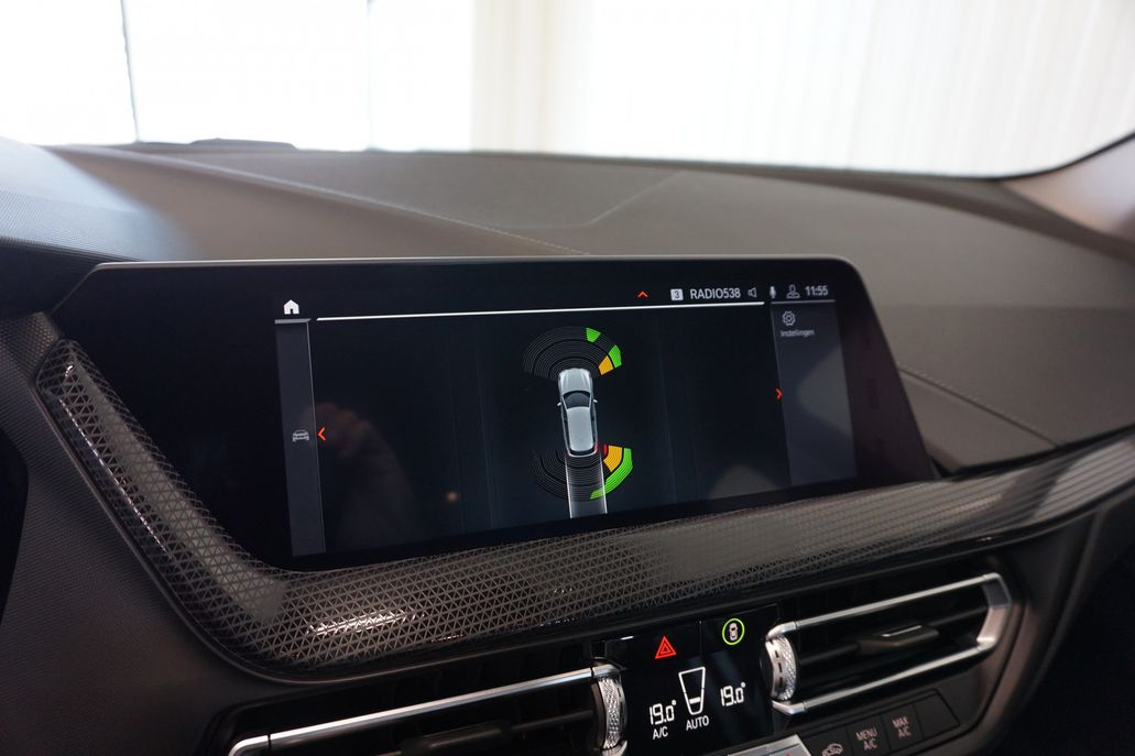 BMW 1 Serie 118i Executive Edition Sport Line