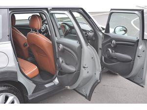 MINI Cooper 3-deurs 5-deurs Chili Aut.