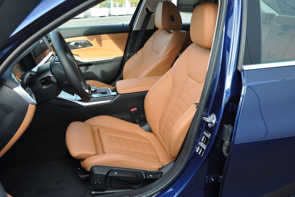 BMW 3 Serie 320i Sedan High Executive Luxury Line Aut