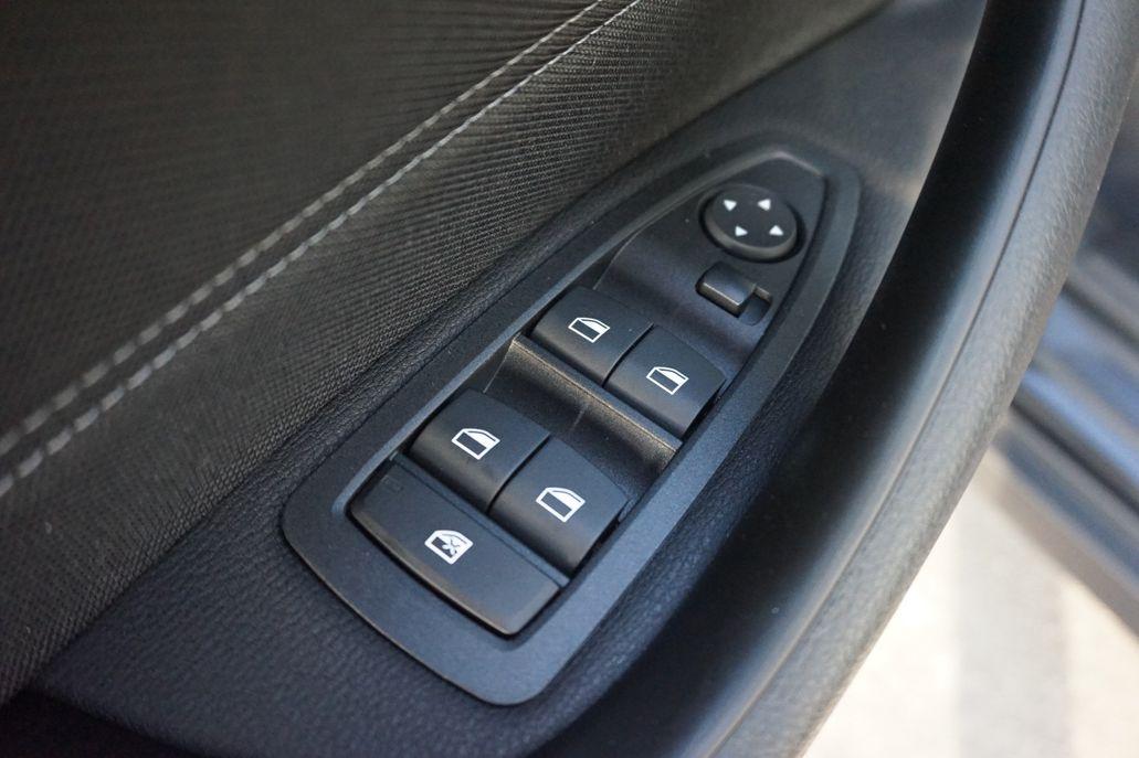 BMW X2 sDrive18i Executive Lefhebber Editie Aut.