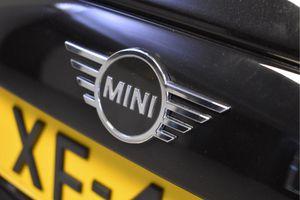 MINI Cooper 5-deurs Pepper