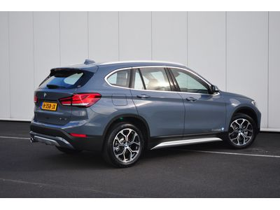 BMW X1 sDrive18i High Executive Aut.