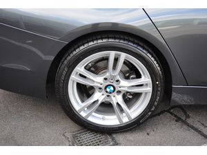 BMW 3 Serie 330e Sedan High Executive Luxury Line Aut.
