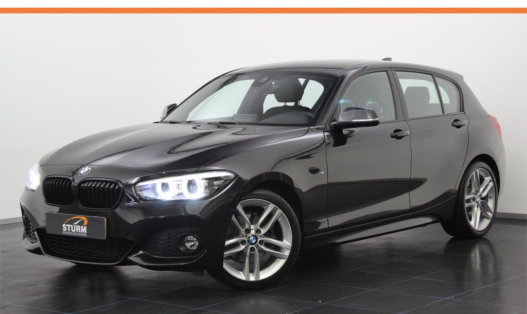 BMW 1 Serie 120i 184pk Executive M Sport Shadow Automaat | Leder | LED | Park + Safety Pack | NL-Auto | Camera | Navigatie | Cruise & Climate Control | Rijklaarprijs!