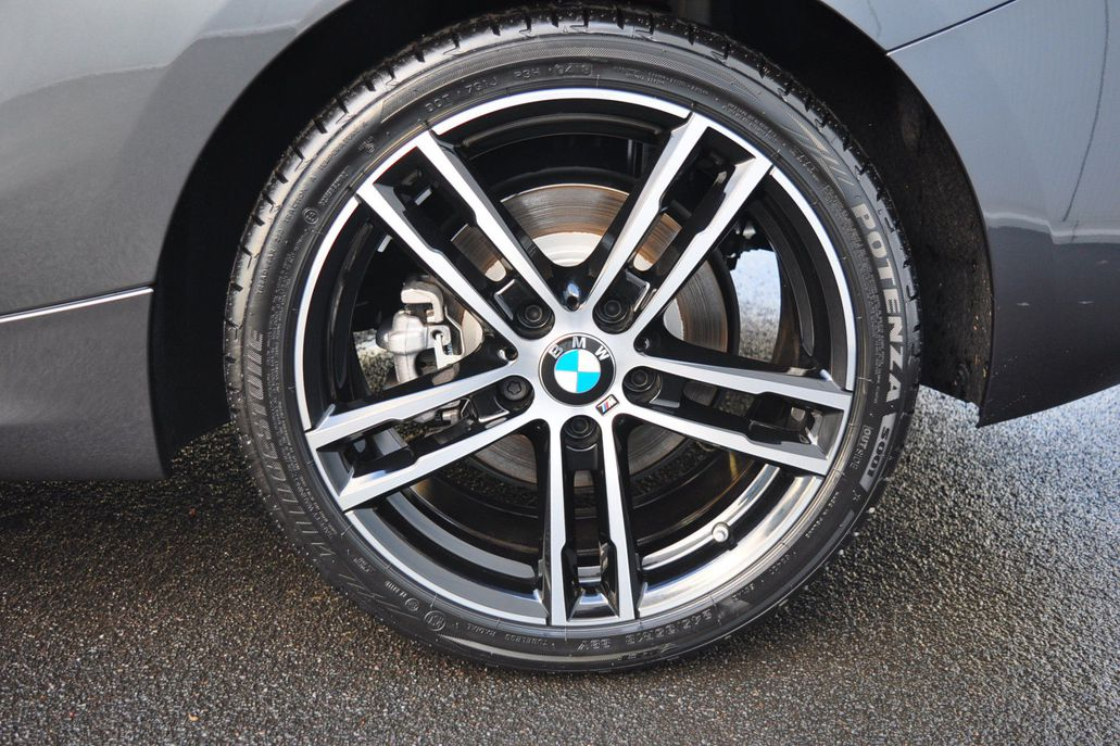 BMW 1 Serie 120i 3drs. High Executive M Sport Aut.