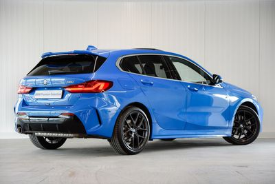 BMW 1 Serie 5-deurs 118i Executive Edition M-Sport