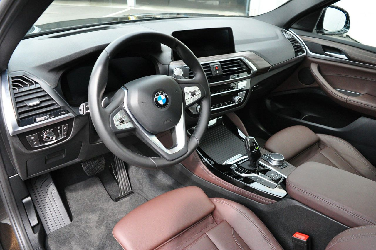 BMW X4 xDrive20i High Executive