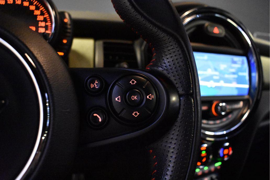 MINI Cooper 3-deurs Wired