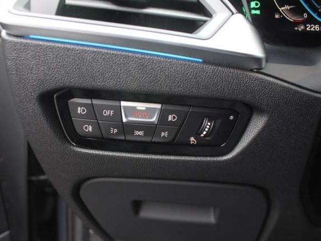 BMW 330 e M Sport Head-Up HK HiFi DAB WLAN Klimaaut.