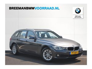 BMW 318i Touring High Executive Aut.