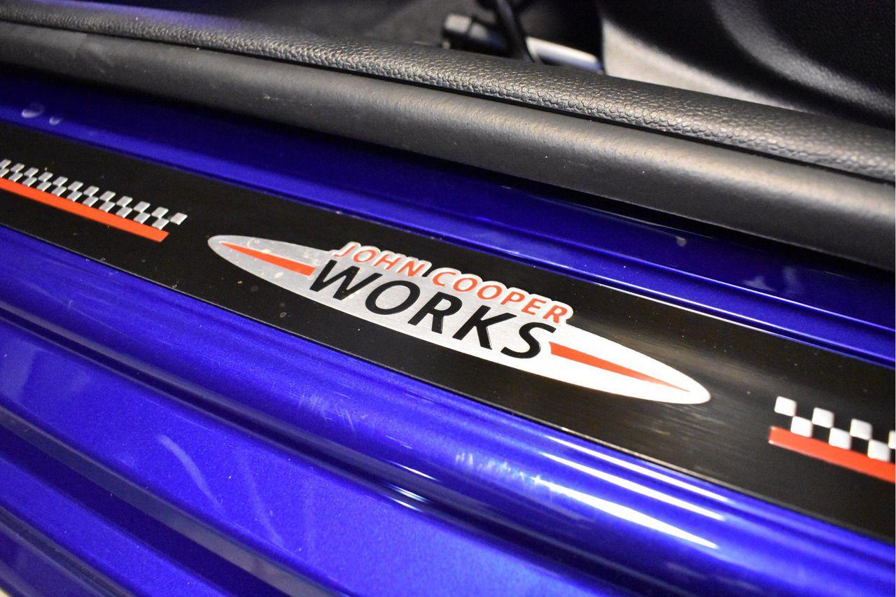 MINI Cooper 3-deurs Aut. John Works Trim Pakket