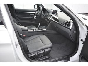 BMW 318i Touring High Executive Luxury Line Aut.