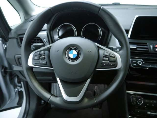 BMW 216 d Active Tourer *Advantage*Navi*Tempomat*Shz*PDC*