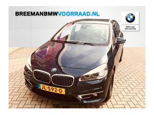BMW 220i Active Tourer Luxury Line Aut
