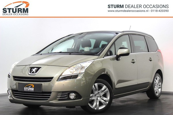 Peugeot 5008 1.6 THP GT | Panoramadak | Head-Up Display | Navigatie | Cruise & Climate Control | Park. Sensoren | Trekhaak | Radio-CD/MP3 Speler | Bluetooth Tel. | Rijklaarprijs!