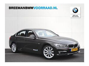 BMW 320i Sedan High Executive Aut.
