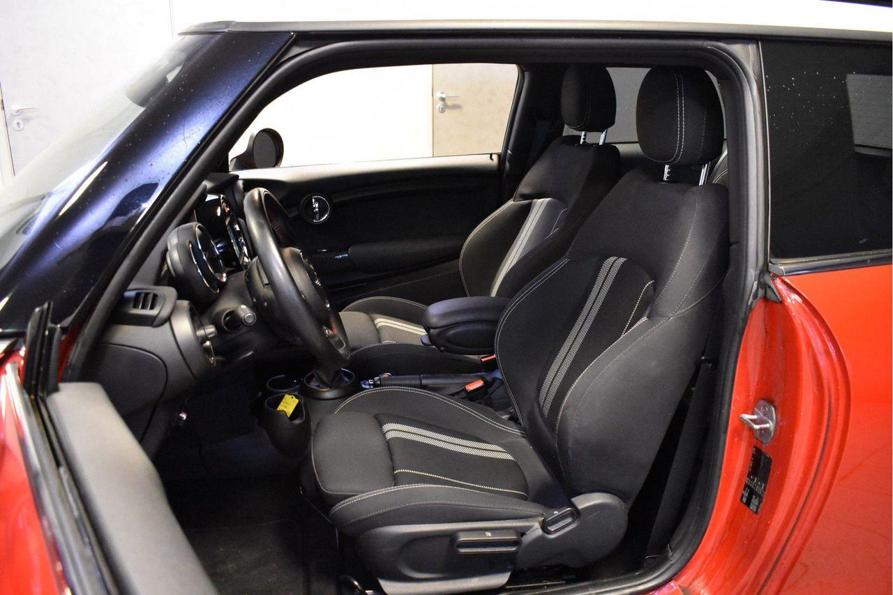 MINI Cooper 3-deurs JCW pakket 3d.
