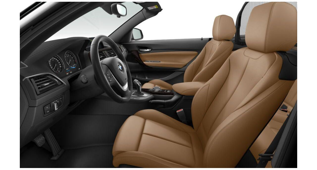 BMW 220i Cabrio Luxury Line