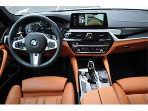 BMW 530d xDrive Touring High Executive Aut.