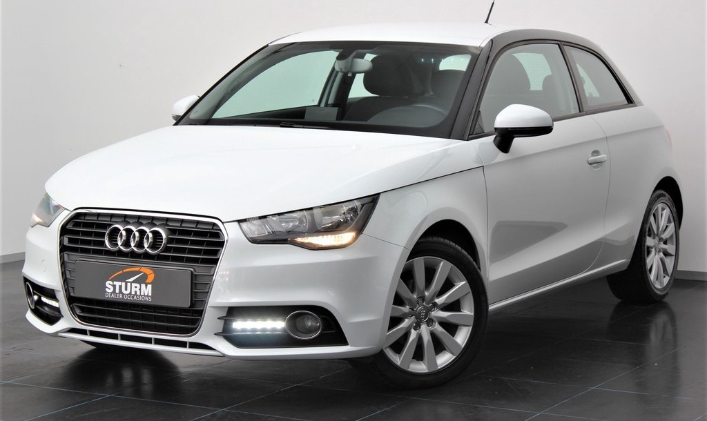Audi A1 1.2 TFSI Connect | Cruise & Climate Control | Trekhaak | Radio-CD/MP3 Speler | Bluetooth Tel. | Elek. Ramen + Spiegels | Rijklaarprijs!