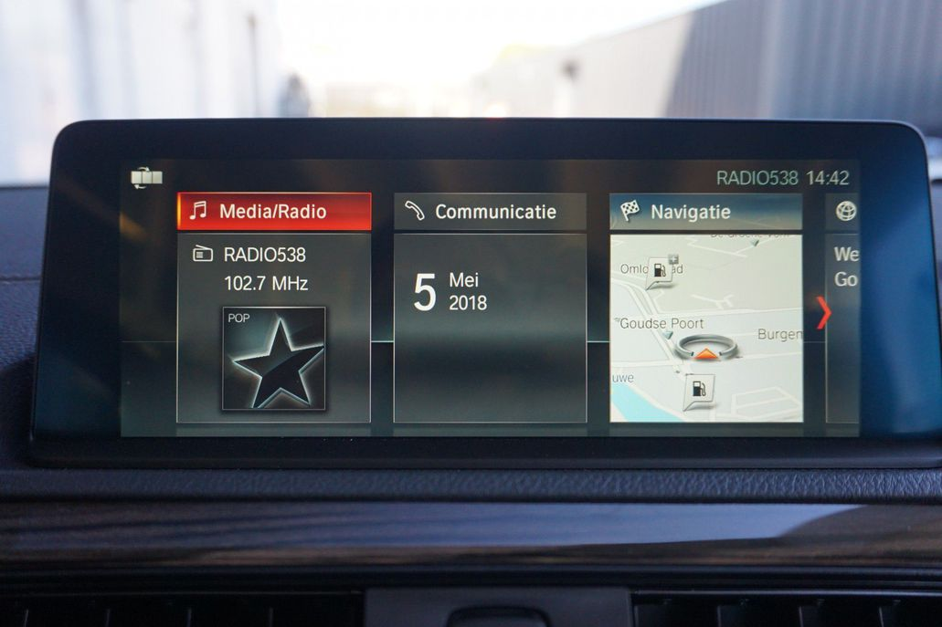 Bmw Cabrio 220i High Executive Luxury Line Occasion