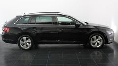 Foto Škoda Superb Combi 1.4 TSI ACT Ambition Business Automaat | Navigatie | Elek. Trekhaak | Park. Sensoren | Geheugenstoelen | Stoelverwarming | Connected Services | Rijklaarprijs! (20798115-3.jpg)