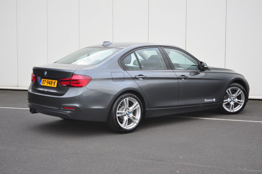 BMW 3 Serie 320i Sedan Executive Sport Line Aut.