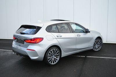 BMW 1 Serie 5-deurs 118i High Executive