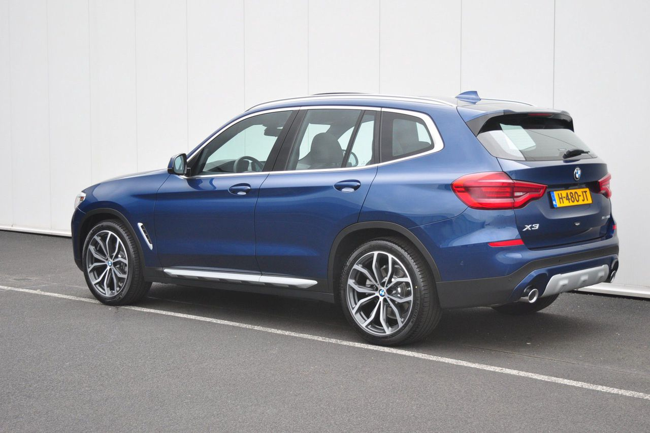 BMW X3 sDrive20i Launch Edition High Executive