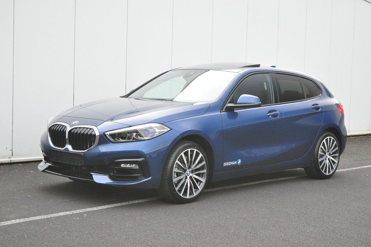 BMW 1 Serie 5-deurs 120i High Executive