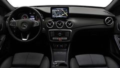 Foto Mercedes-Benz GLA-Klasse 180 Business Solution Plus Upgrade Edition | Automaat | LED | Trekhaak | Navigatie | Camera | Cruise & Climate Control | Rijklaarprijs! (18570199-13.jpg)
