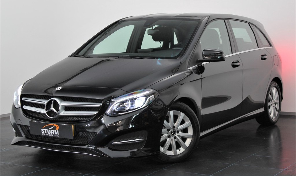 Mercedes-Benz B-Klasse 180 Business Solution Automaat | Navigatie | Camera | Cruise Control | LED | Park. Sensoren | Airco | Stoelverwarming | Rijklaarprijs!