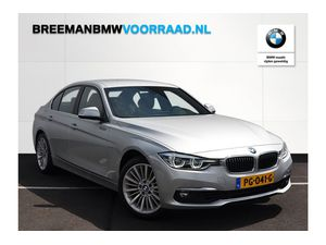 BMW 320i Sedan Luxury Line sedan Aut.