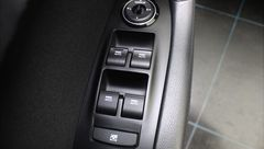 Foto Hyundai i40 Wagon 1.6 GDI Blue Business Edition | Navigatie | Camera | Cruise & Climate Control | Park. Sensoren | Keyless Entry | Radio-CD/MP3 Speler | Bluetooth Tel. | Rijklaarprijs! (21504433-33.jpg)