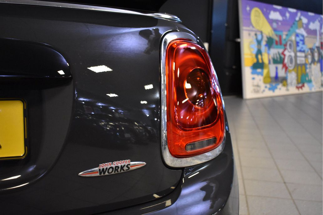 MINI John Cooper Works Cabrio Chili Aut.