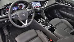 Foto Opel Insignia Sports Tourer 1.5 TURBO INNOVATION | Leder | 165pk | LED Matrix | Navigatie | Camera | 18'' Velgen | Rijklaarprijs! (17574903-9.jpg)