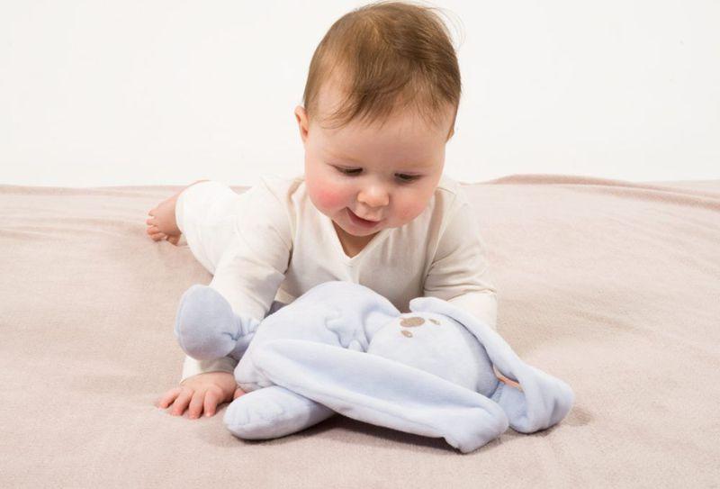 Knuffel Met Licht : Nattou knuffel lapidou licht blauw bij babyhuis casita